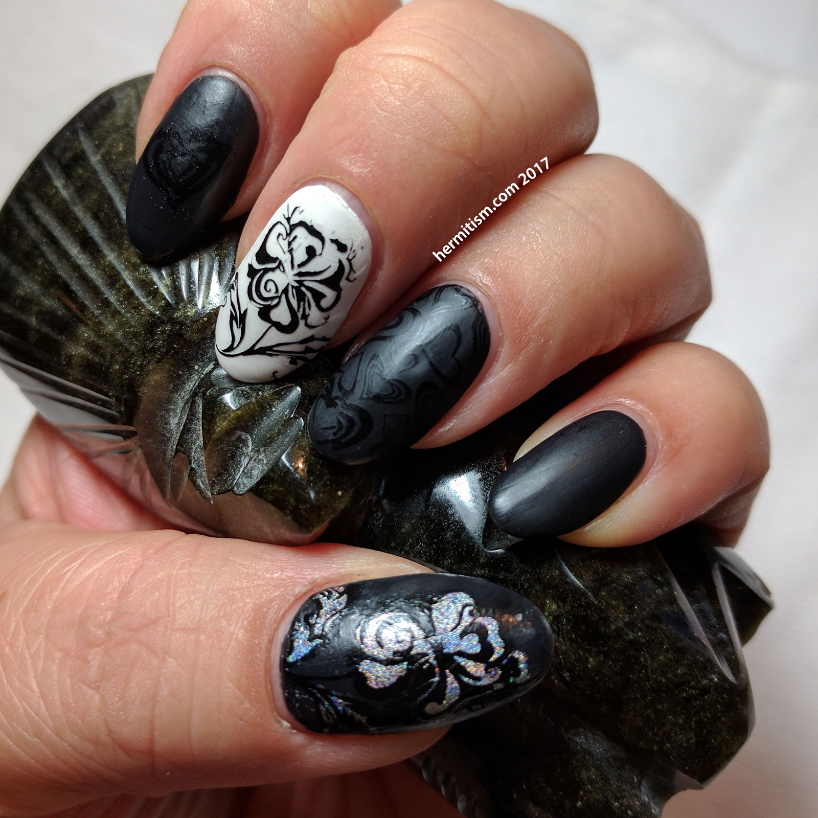 Black and White Valentine - 26 Great Nail Art Ideas - Hermit Werds