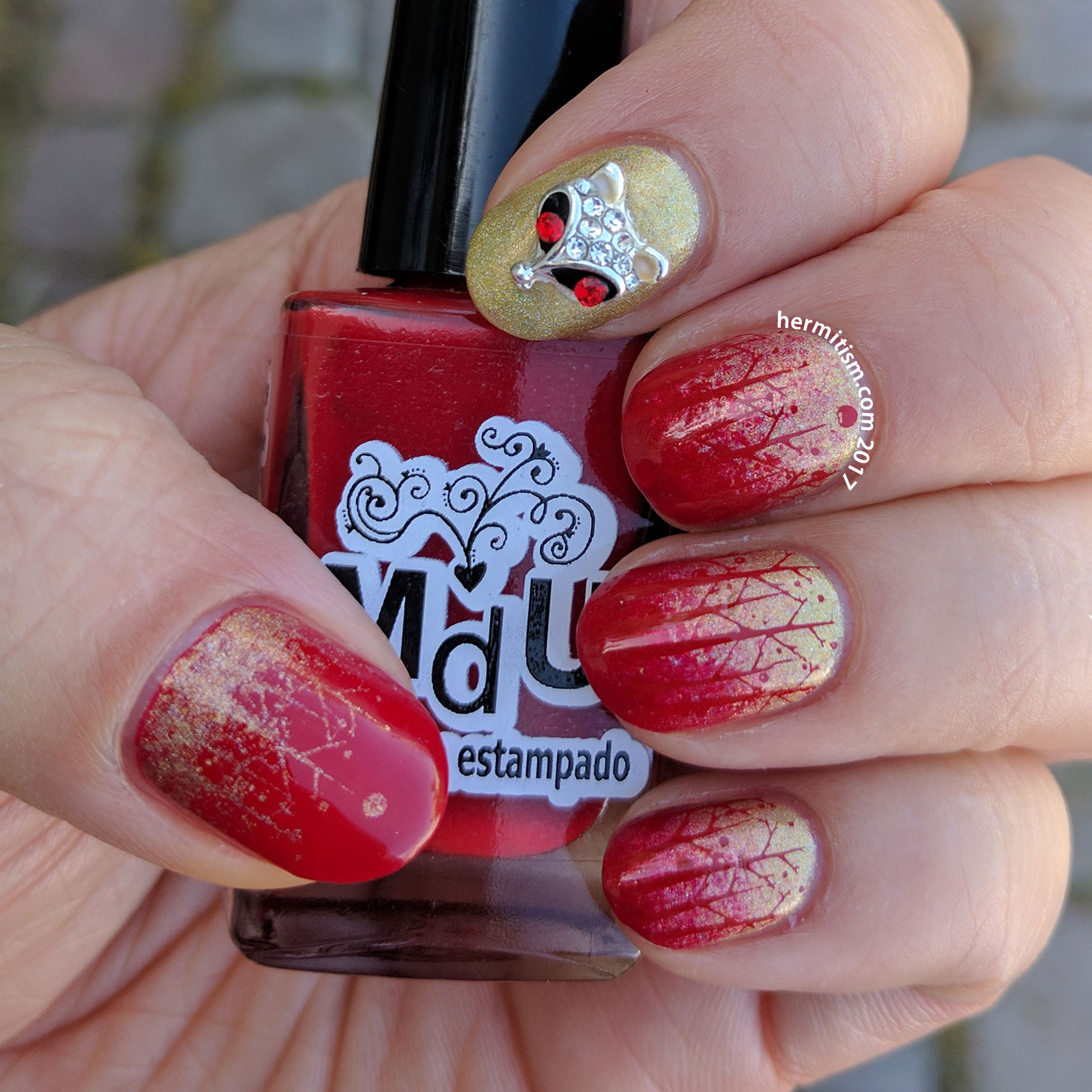 Fox in the Red Wood - Hermit Werds - 26 Great Nail Art Ideas