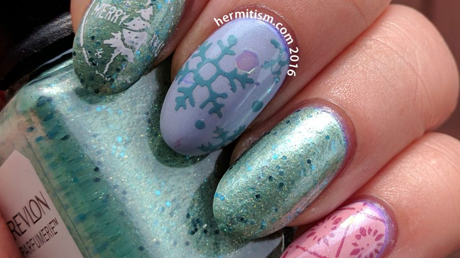 Pastel Christmas - 26 Great Nail Art Ideas - Hermit Werds