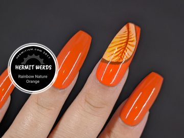 Rainbow Nature - Orange - Hermitwerds - orange monochrome nails with leaves