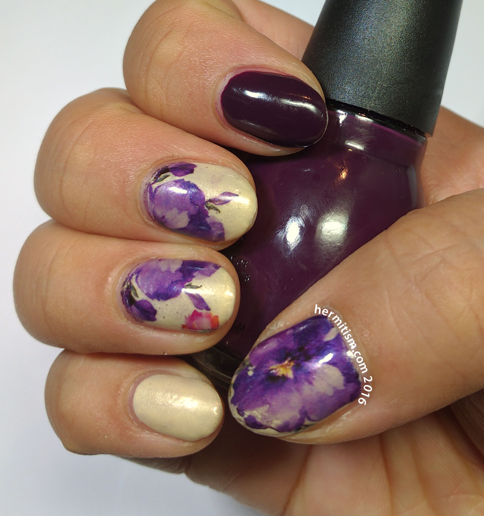 Flower - 31 Day Nail Art Challenge - Hermit Werds