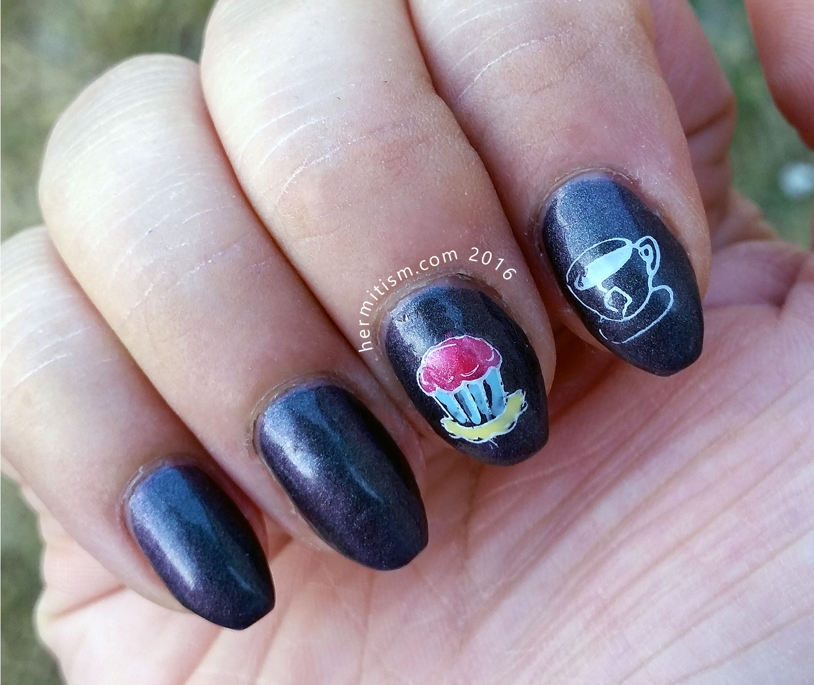 I is for Icing - ABC Nail Art Challenge - Hermit Werds