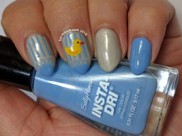 R is for Rubber Ducky - ABC Nail Art Challenge - 31 Day Challenge (Stripes) - Hermit Werds