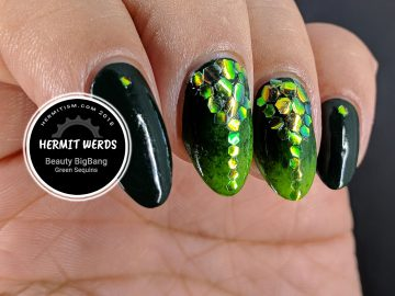Green Sequins - Hermit Werds - green sequins in three sizes arranged in triangle on nails
