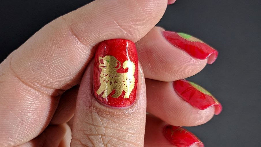 Year of the Dog - Hermit Werds - bold red and gold Chinese New Year nail art for the Year of the Dog with hanging lanterns