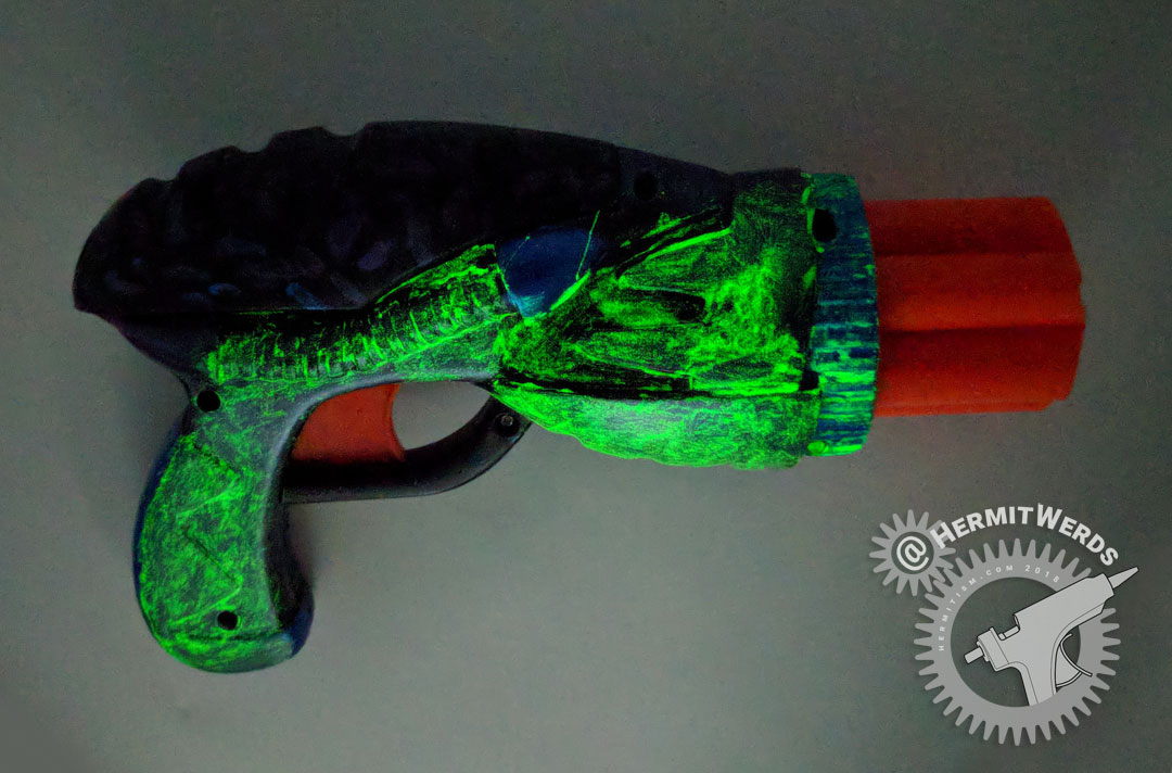 Dart Gun Mod - glow in the dark - Hermit Werds - reassembled gun glowing
