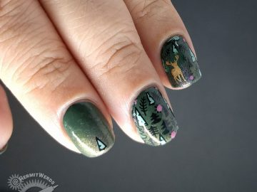 Summer Woodland - Hermit Werds - green woodland nail art with bronze deer and flowers