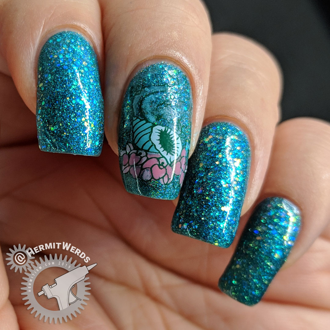 Glitter Conch - Hermit Werds - glittery teal nail art with a teal conch shell and flower stamping decal