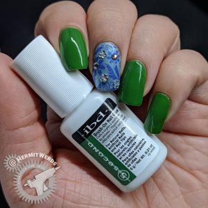 Product shot of the nail glue I use: Ibd 5 second brush-on nail glue.
